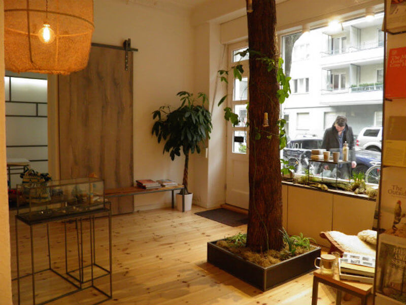 Lovt berlin concept store dressmeguideme for Wohndesign 2 fermob store in berlin